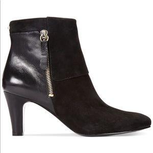 Black Bandolino woodford booties.